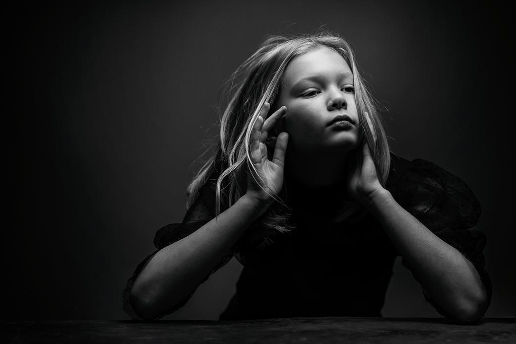 Arnaud Chapelle photographe Normandie seance photo portrait professionel studio exterieur enfants famille (19)