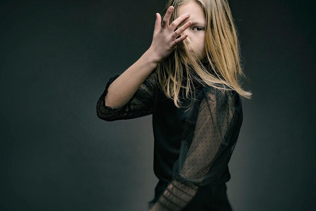Arnaud Chapelle photographe Normandie seance photo portrait professionel studio exterieur enfants famille (20)